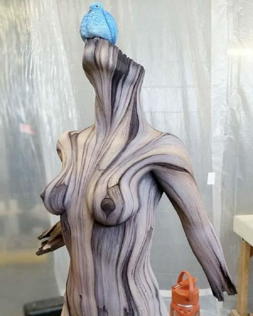 20 невероятно реалистичных скульптур из дерева